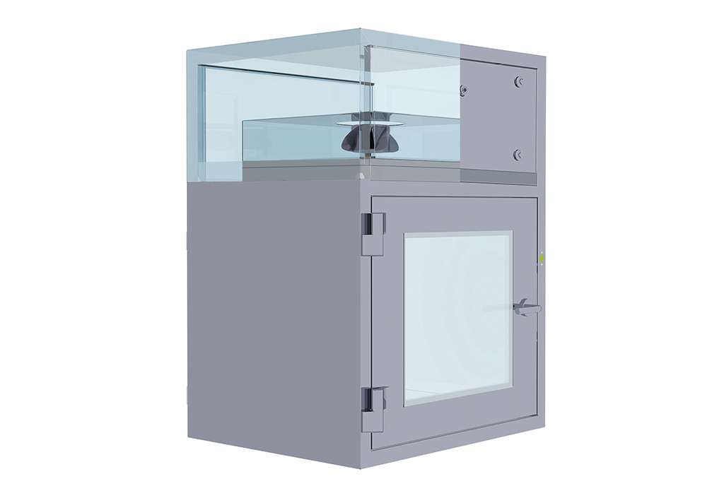 Actively ventilated cleanroom lock with self-blower